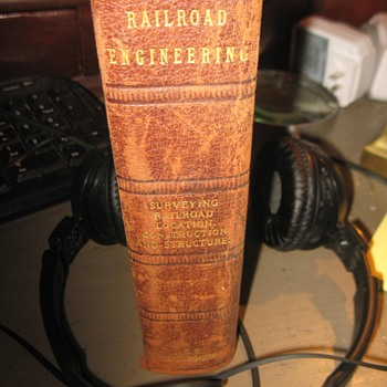 RailRoad Text Book...plus photo - Books
