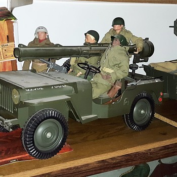 My New GI Joe Five Star Jeep Display Plus GI Sentry Post - Toys