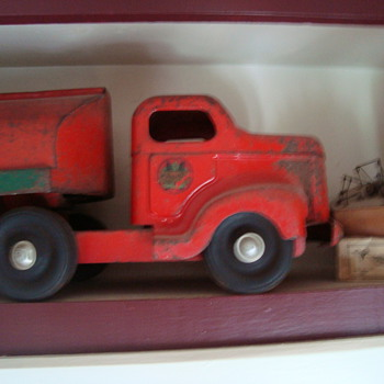 b a   truck  - Model Cars