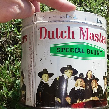 Dutch Masters cigar tin - Tobacciana