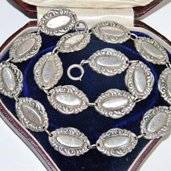 Vintage Deco Etched Sterling Lang Sterling Necklace 16.8gr