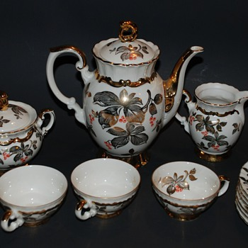 Antique Mitterteich Bavaria tea set w/ gold - China and Dinnerware