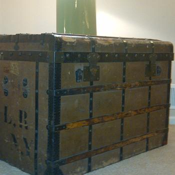Au Depart Trunk  - Furniture