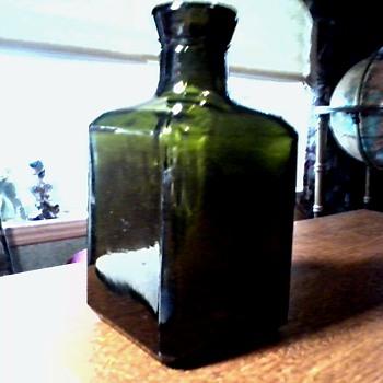Interesting Little Dark Green Glass Bottle /  Vetri Speciali S.p.A. Pergine Valsugana Italy / Circa 1974 or later - Bottles