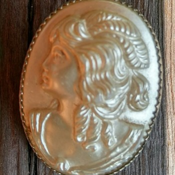 Mother of Pearl Cameo Brooch - Fine Jewelry