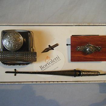 Brand new BORTOLETTI HAND MADE GOLDEN POWDER MURANO Pen &  Writing set made in Italy - Pens