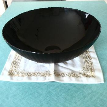 "Pure 14"" black crystal bowl - Art Glass"