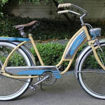 "1940's Hiawatha Ladies 26"" Tank Bike Cruiser - Sporting Goods"
