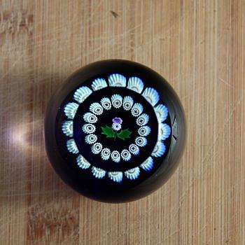 Caithness miniature paperweight - Art Glass