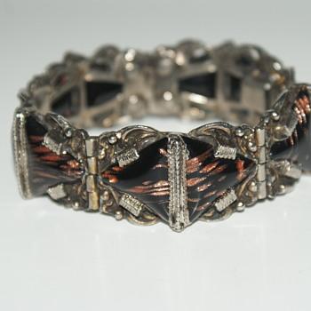 Possibly SELRO Selini Vintage Bracelet - Costume Jewelry