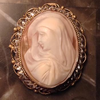 Virgin Mary Shell Cameo