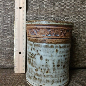 Pottery canister
