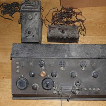 Help with ID - Radios