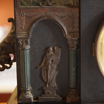 """1923 """"Wagner"""" Black Sessions Mantle clock with Ornamentation"""