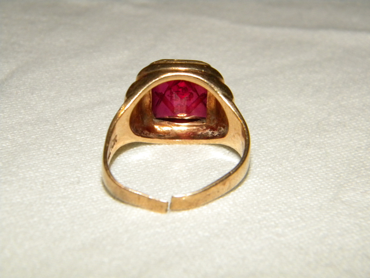Antique Freemason Ring | Collectors Weekly