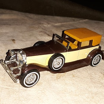 "Magnificent Materialistic Matchbox Monday 1930 Model ""J"" Duesenberg Town Car - Model Cars"