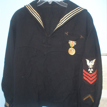 Great grandfather's Navy Uniform from WWI.  - Military and Wartime