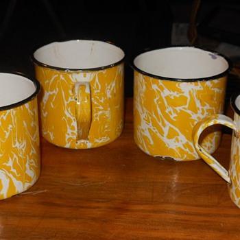 Graniteware Yellow Swirl Cups