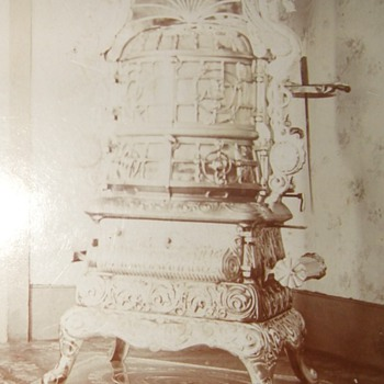 Victorian Stove worthy of a cabinet card photograph - Photographs