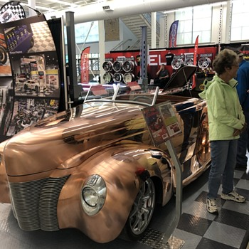 A solid copper 40 Ford - Classic Cars