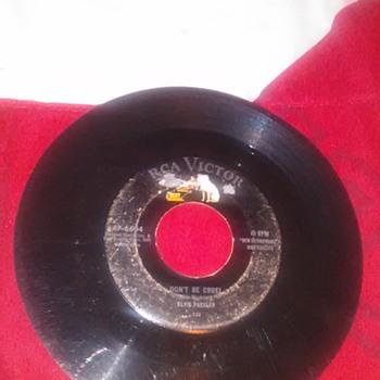 Original 1956 Elvis Presley Don't Be Cruel/ Hound Dog 45rpm Single - Records