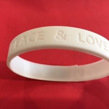 """Ringo Starr """"Peace & Love"""" wristband-2017 - Music Memorabilia"""