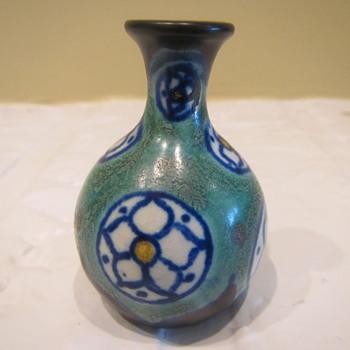 Mega Small - Pottery