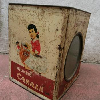 Old cookies tins. - Advertising