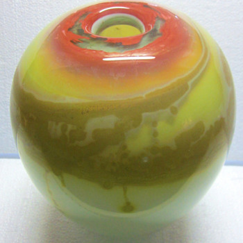 Large 1974 Kent Ipsen Ovoid Vase - Art Glass