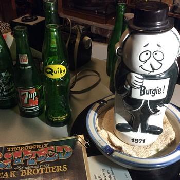 BURGIE BEER , 1971 ceramic  Beer canister  - Bottles