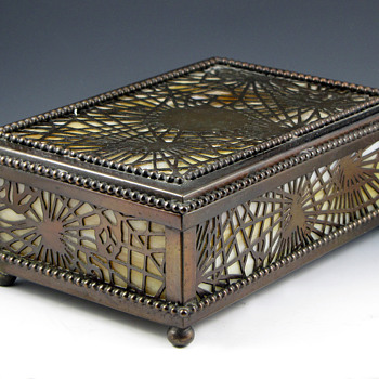 Tiffany Pine Needle Decor Stamp Box - Art Nouveau