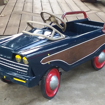 "Murray ""Woody"" Station Wagon - Model Cars"