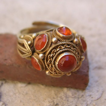 Filigree carnelian or amber vermeil ring