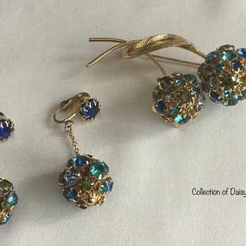 (European) Rhinestone Brooch & Earring Set - Costume Jewelry