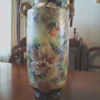 Large decorated vase - Pottery