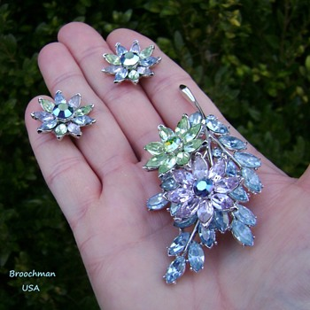 Trifari Pastel Brooch Set - Costume Jewelry