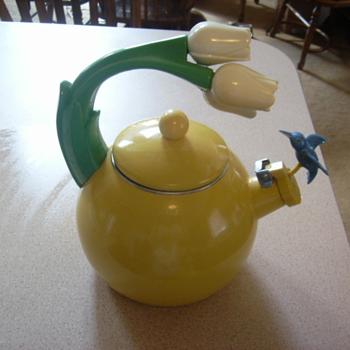 Teakettle with tulips and hummingbird - Kitchen