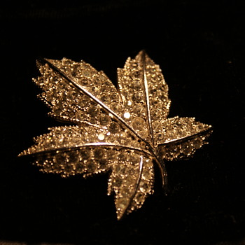 Keyes Rhinestone Leaf Pin - Costume Jewelry