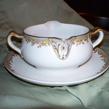 Haviland France Limoges Gravy Bowl  - China and Dinnerware