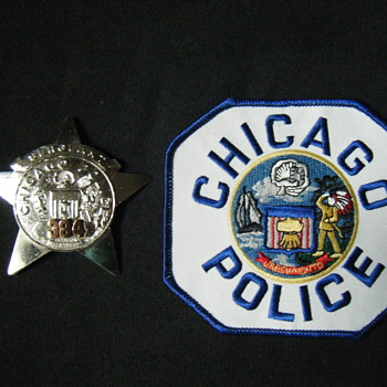 OBSOLETE CHICAGO POLICE SGT STAR BADGE + PATCH - Medals Pins and Badges
