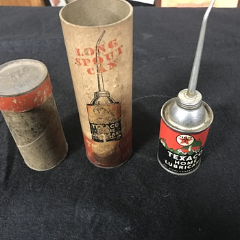 Texaco home oil can and paper container  - Petroliana