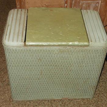 Pearl Wick Hamper - Furniture