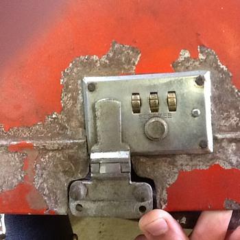 Looking for Vintage Sesamee Luggage Locks