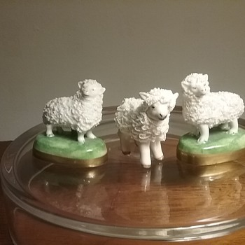 Dresden Thieme & MV Ireland sheep figures