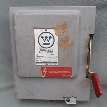 WESTINGHOUSE General Duty Safety Switch - Electronics