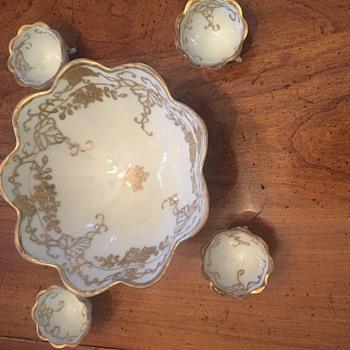 Nippon Nut Bowl Set