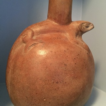 Vessel with Lizard - numbers on bottom - Pottery