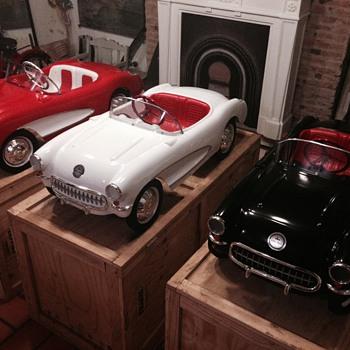 ESKA Kiddie Corvette Pedal Car Replica - Model Cars