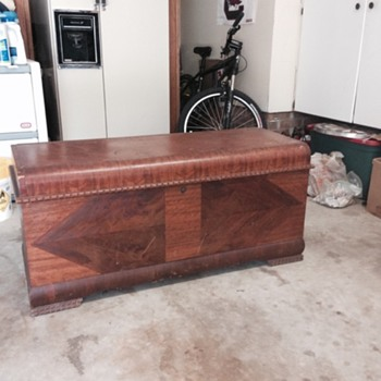 Cedar Hope Chest Vintage - Furniture