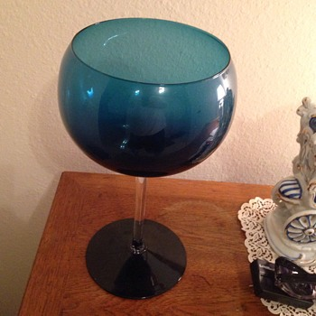 Vintage Elegant Blue Stemware. (Unk) - Art Glass